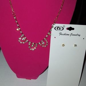 Jewelry - GOLD NECKLACE/EARRING SET